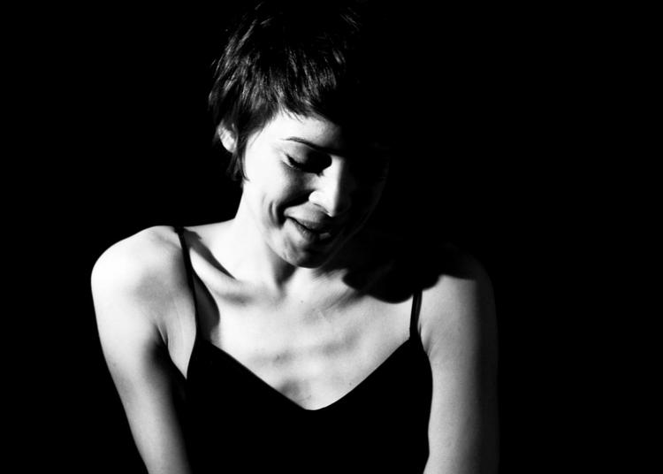 Melanie De Biasio à Argentan