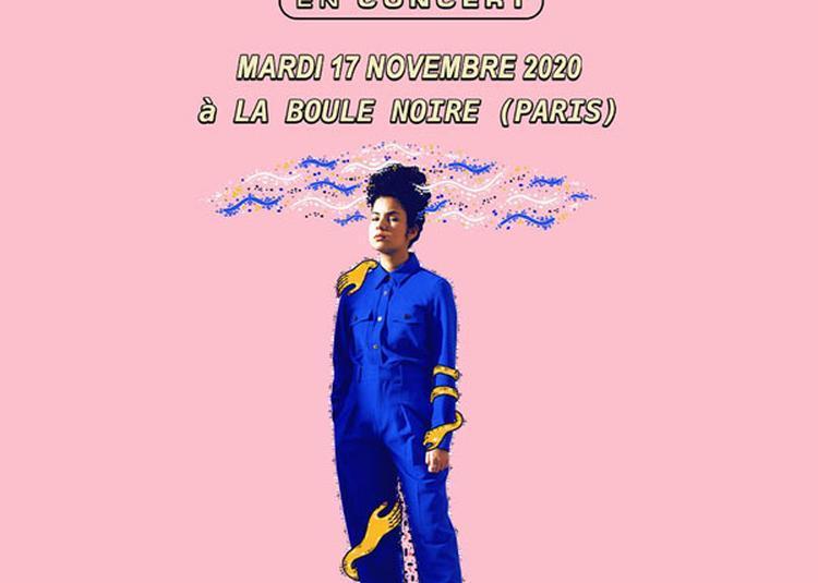 Melodie Lauret à Paris 18ème