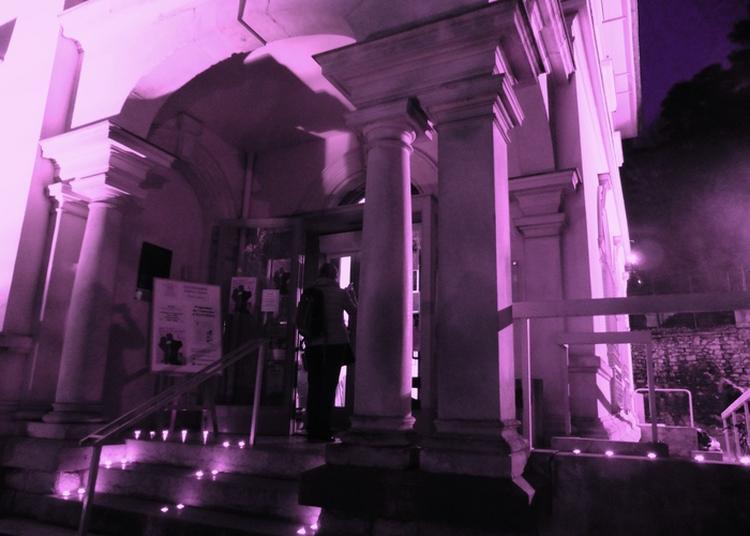 Mise En Lumière De La Façade Du Musée à Aix les Bains