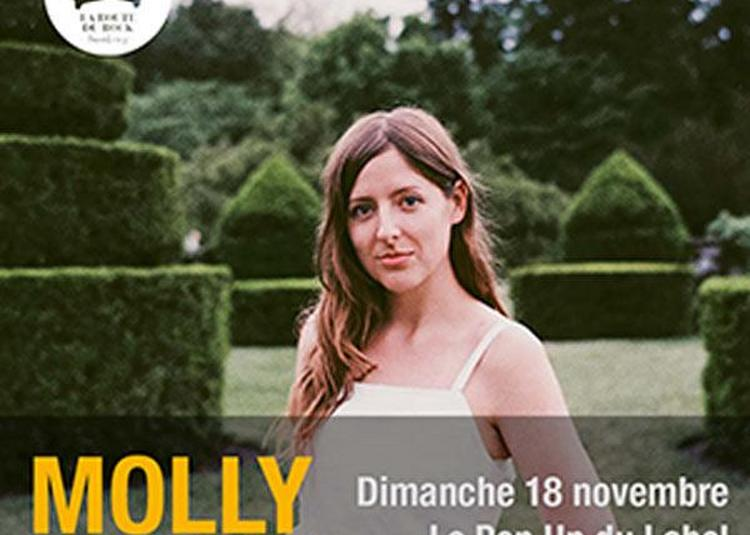 Molly Burch à Paris 12ème