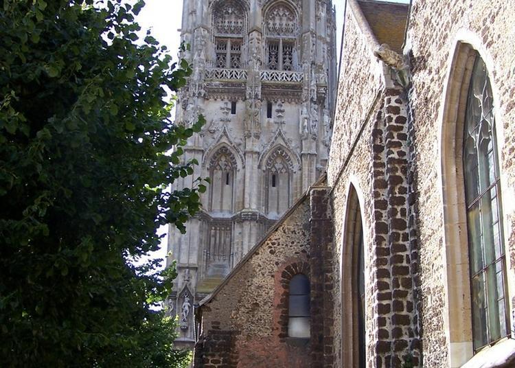 Montée Guidée En Haut De La Tour De La Madeleine à Verneuil sur Avre