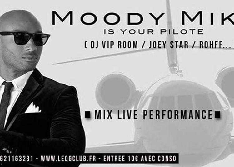 Moody Mike - Live performance à Besancon