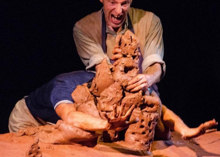 Mottes : Théâtre D'argile éphémère Et Fait Main à Montans