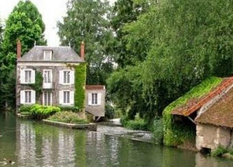 Moulin De L'ile À Donzy