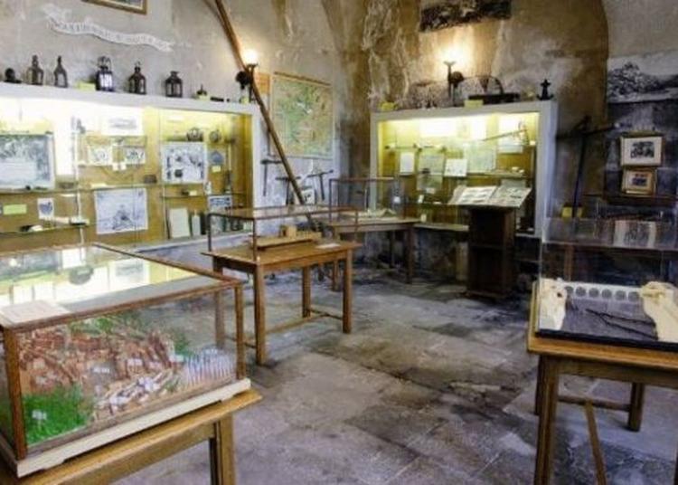 Musée Pierre Mondanel - Ancienne Batellerie De L'allier à Pont du Chateau
