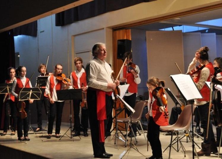 Musique, Danse Et Thé Glacé... à Autun