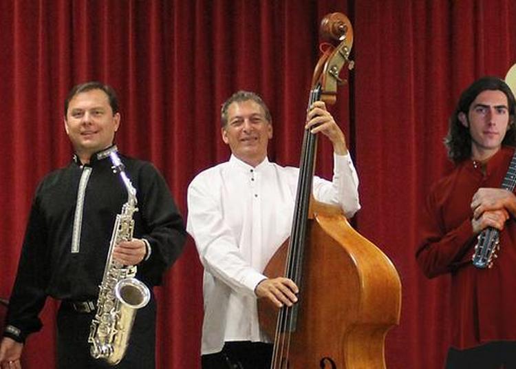 Musique de l'Europe de l'Est avec Slava Kazykin ensemble à Nantes
