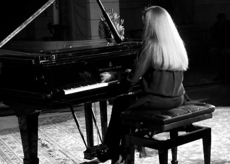 Véronique Bonnecaze : Musique et Nature à Montrond les Bains