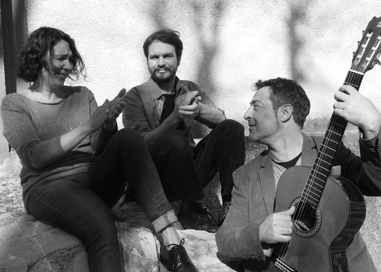 Musiques En Balade_ «mescladiz» à Arles