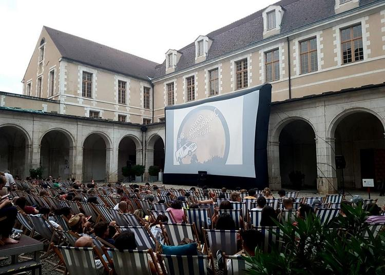 Ô la belle toile à Auxerre