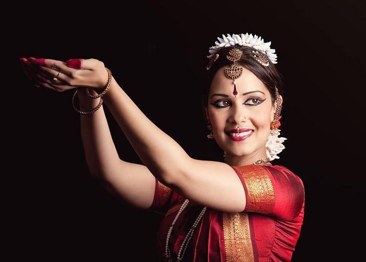 Anusha cherer - danse traditionnelle de l'inde du sud à Labastide d'Armagnac