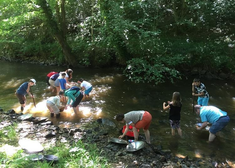 Orpaillage En Rivière: à La Découverte De L'or En Limousin à Le Chalard