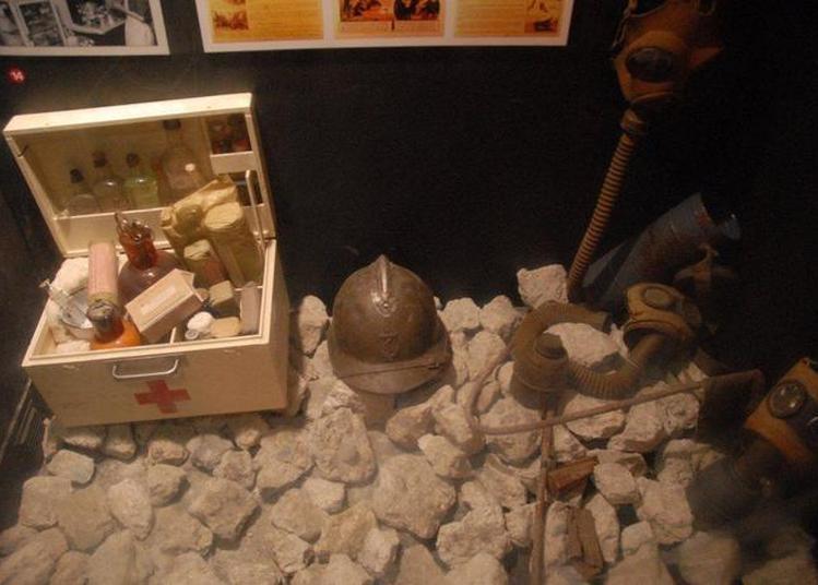 Ouverture De L'abri Anti-bombes - Lorient