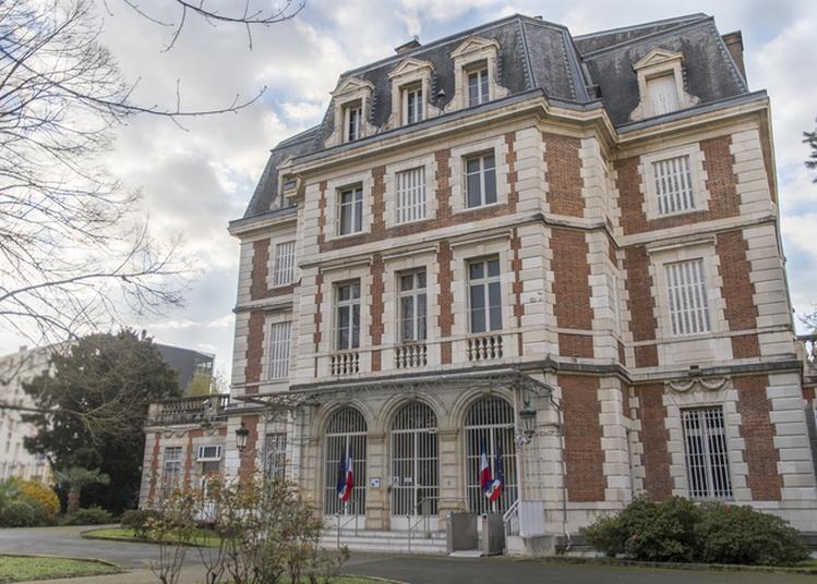 Ouverture De La Banque De France Au Public à Pau