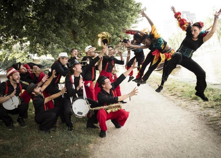 Ouverture de saison culturelle et fanfare à Locmine