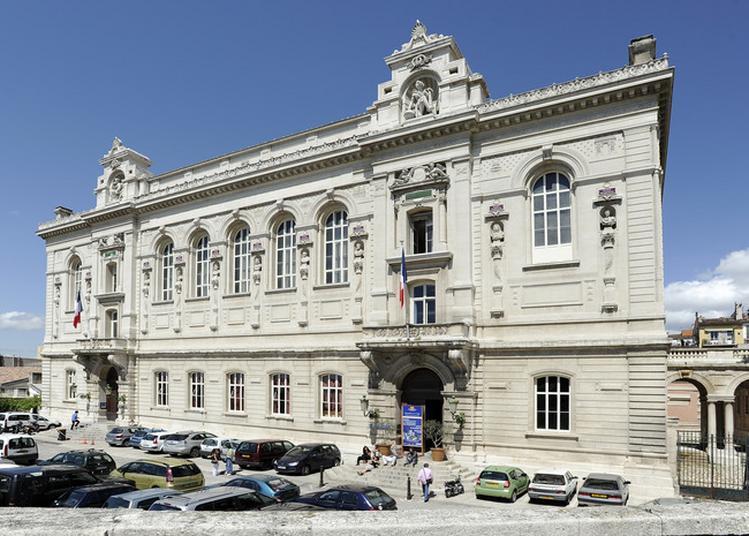 Palais Des Beaux-arts - Place Carli à Marseille