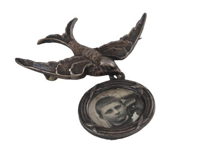 Par dessus tout : L'objet photographique à Chalon sur Saone