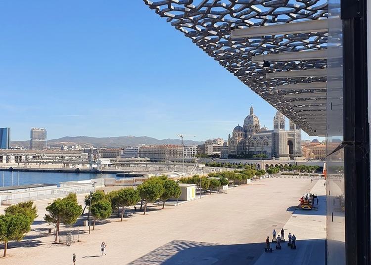 Parcours D'architecture Sur Le J4 à Marseille