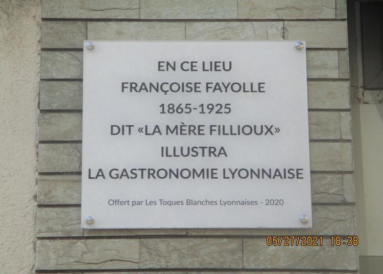 Parcours Exploratoire à La Découverte Des Femmes Remarquables Et Agissantes Des Brotteaux à Lyon