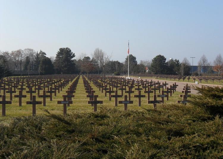 Parcours Guidé Dans Une Nécropole Nationale à La (re)découverte Des Deux Conflits Mondiaux En Alsace à Colmar