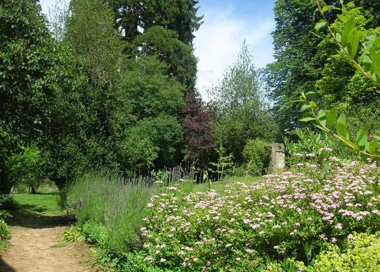 Parcours Nature Et Floral à La Moncelle