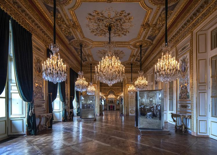 Parcours Salons & Loggia Au Son Du Confident à Paris 8ème