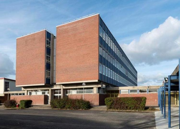 Patrimoine Et Architecture Des Établissements Scolaires - Lycée Rostand à Mantes la Jolie