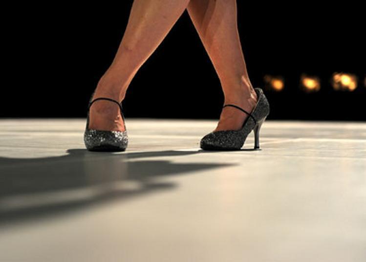 Performing bal disco Cie Marinette Dozeville Le bal dont vous êtes le héros ! à Montreuil