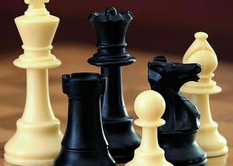 Pétanque, échecs, Bridge, Jeux Traditionnels Et énigmes... Venez Vous Amuser En Famille Aux Arcs à Les Arcs