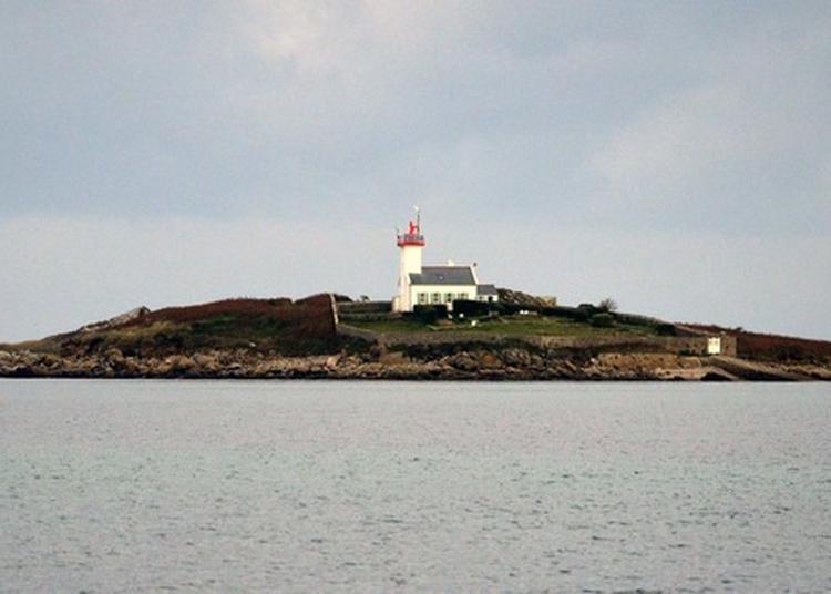 Phare De L'île Wrac'h à Plouguerneau