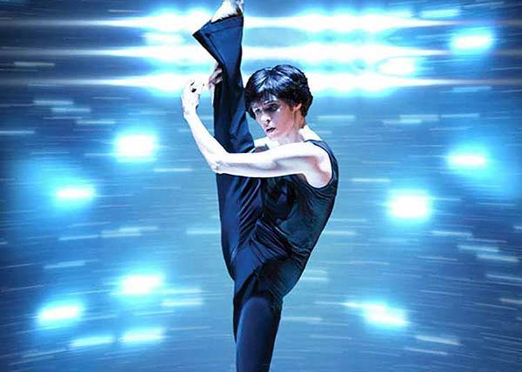 La Femme Qui Danse à Marseille