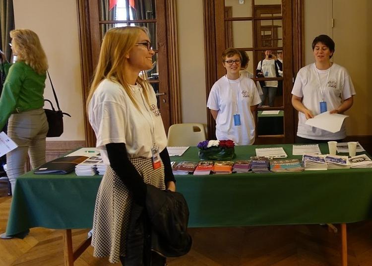 Point D'information Dédié Aux Journées Européennes Du Patrimoine à Troyes