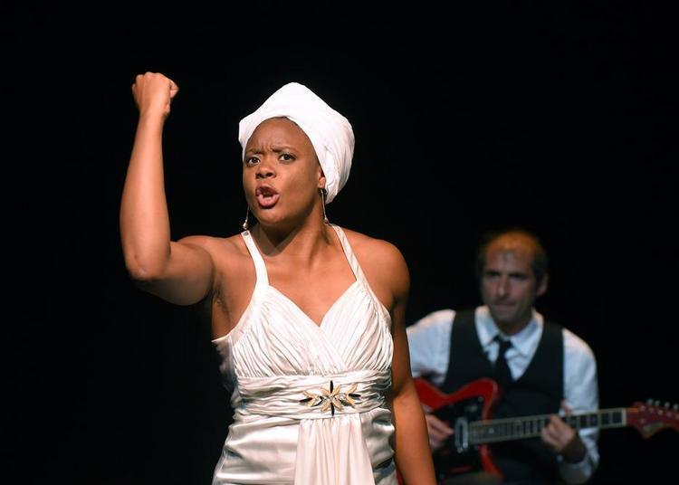 Portrait de Ludmilla en Nina Simone à Creil