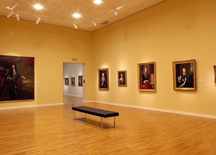 Portraits Royaux Et Portraits D'ouvriers Du Trône à Metz