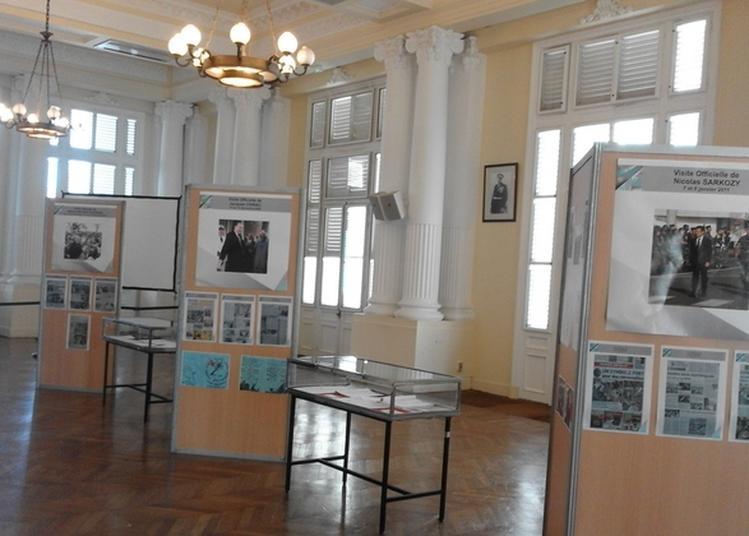 Préfecture: Exposition De Vêtements Et D'ustensiles D'antan à Fort De France