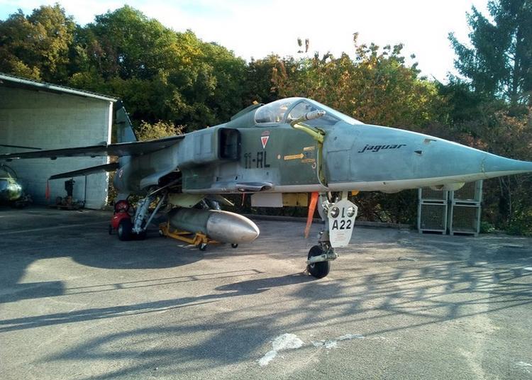 Présentation De L'avion Jaguar A-22 à Avord