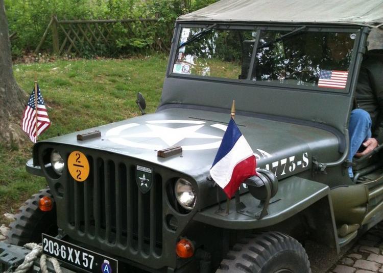 Présentation De Véhicules Militaires Américains De La Seconde Guerre Mondiale à Metz