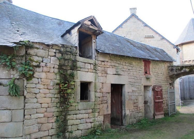 Présentation Du Projet De Restauration Des Petites Maisons De Tarnac Et Visite Du Chantier En Cours.