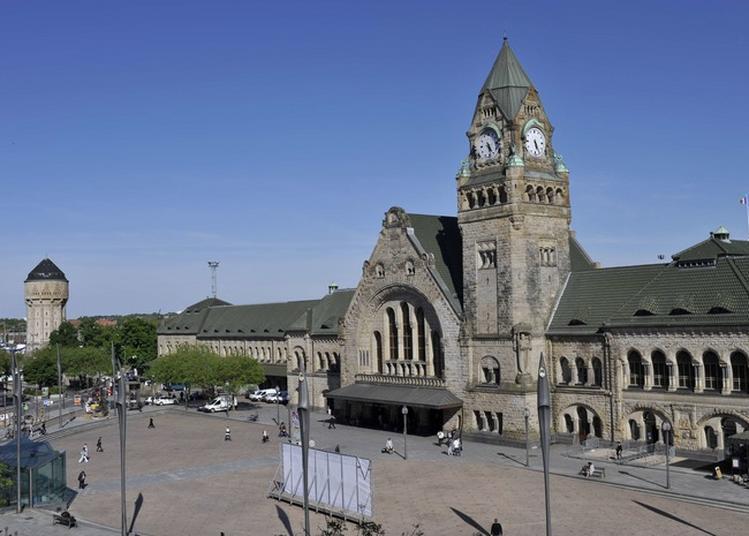 Projection Des Grandes Dates De La Gare à Metz