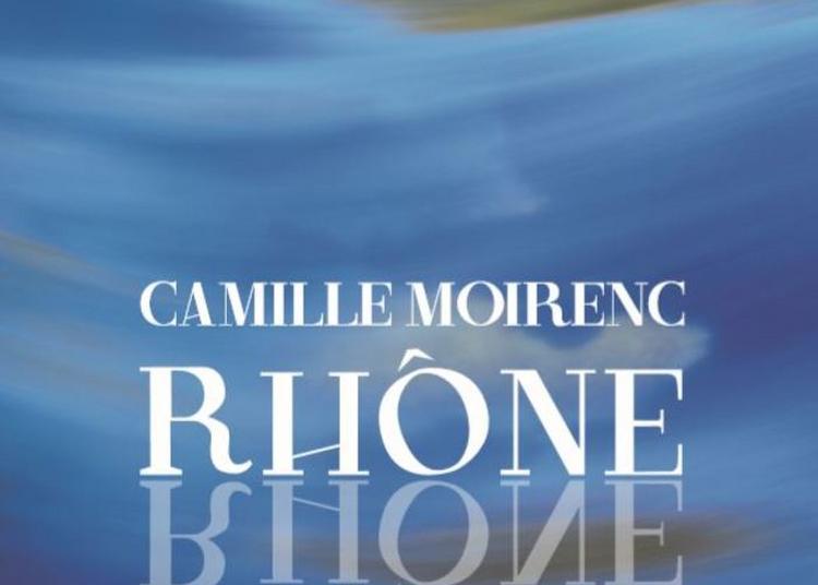 Promenade Poétique Le Long Du Rhône De La Galerie à La Librairie Actes Sud à Arles