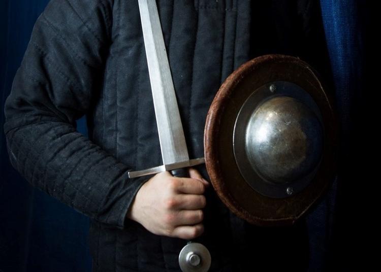 Reconstitution Du Duel Armé Au XVIIème Siècle à Dijon