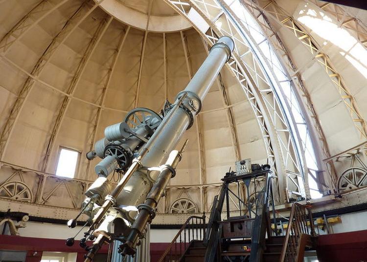 Regardez à Travers La Lunette Astronomique ! à Strasbourg