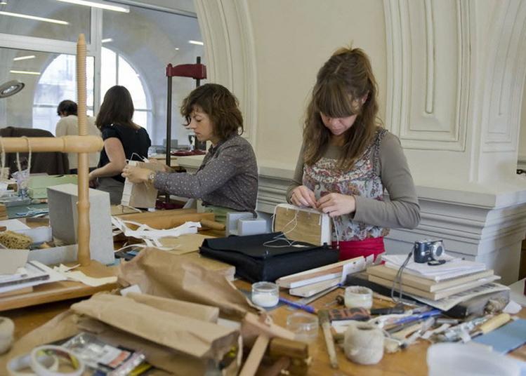 Rencontres Avec Les Ateliers De Restauration, Reliure Et Photographies à Paris à Paris 4ème