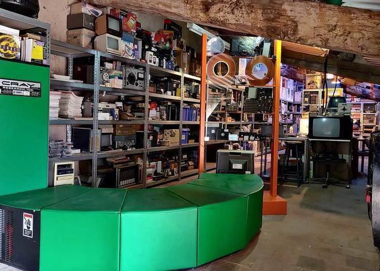 Retour Vers Le Futur : Visite Des Collections Informatiques Et Vidéo-ludiques De L'association Wda à Jouques