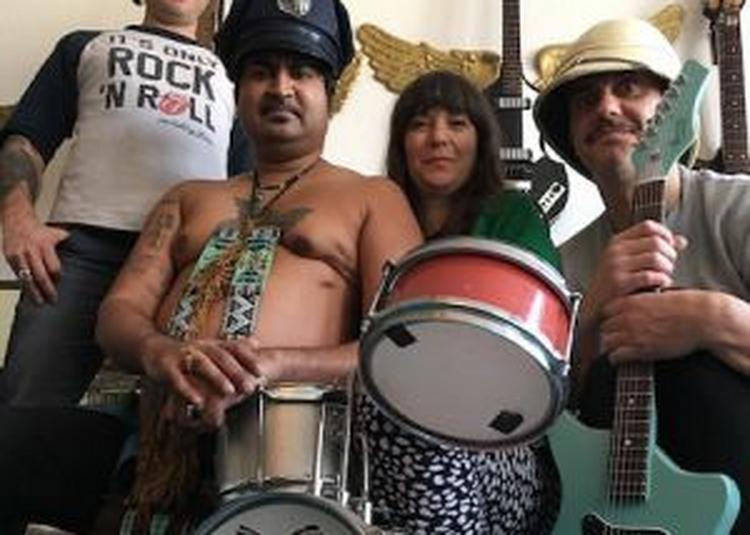 Rocket Bucket + King Khan's Ltd [louder Than Death] à Macon