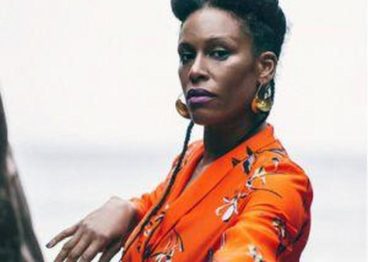 Sandra Nkake + Slyv à Fontaine