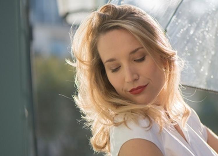 Sarah McKenzie à Meudon la Foret