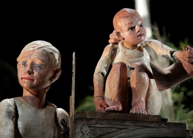 Sauvage ou les enfants du fleuve à Nimes