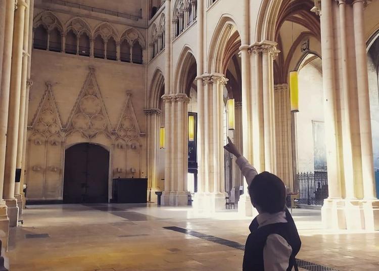 Secrets De La Cathédrale Saint-jean De Lyon