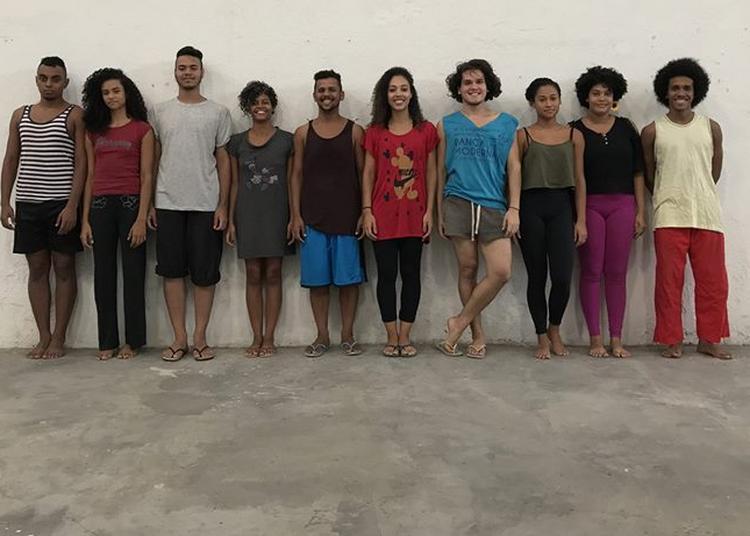 Séquence Danse Paris - Lia Rodrigues avec les jeunes de la Maré à Paris 19ème